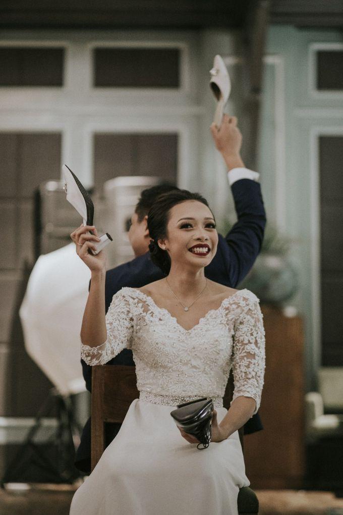 Warm & Intimate Wedding Syiki & Andhika at Suasana Restaurant by Sugarbee Wedding Organizer - 013