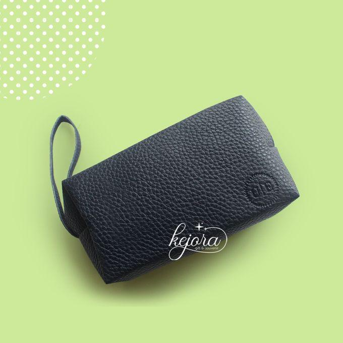 Pouch Bulat by Kejora Gift & Souvenir - 004