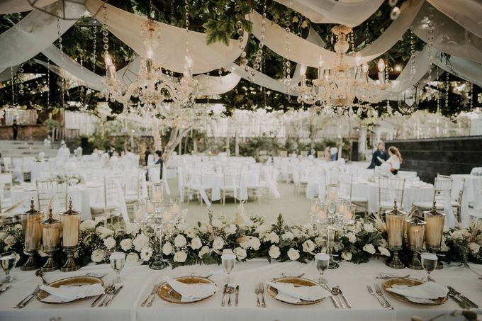 The Wedding of Anita & Kevin by LeNovelle Cake - 013
