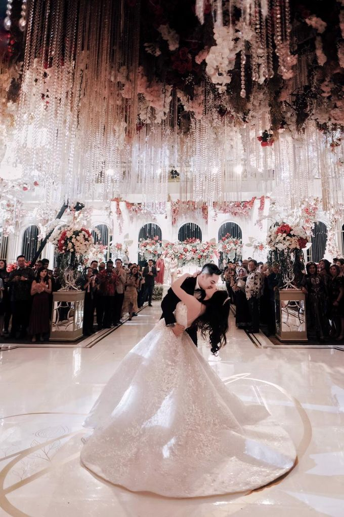 The Wedding of Dimitri & Amanda by PRIVATE WEDDING ORGANIZER - 013