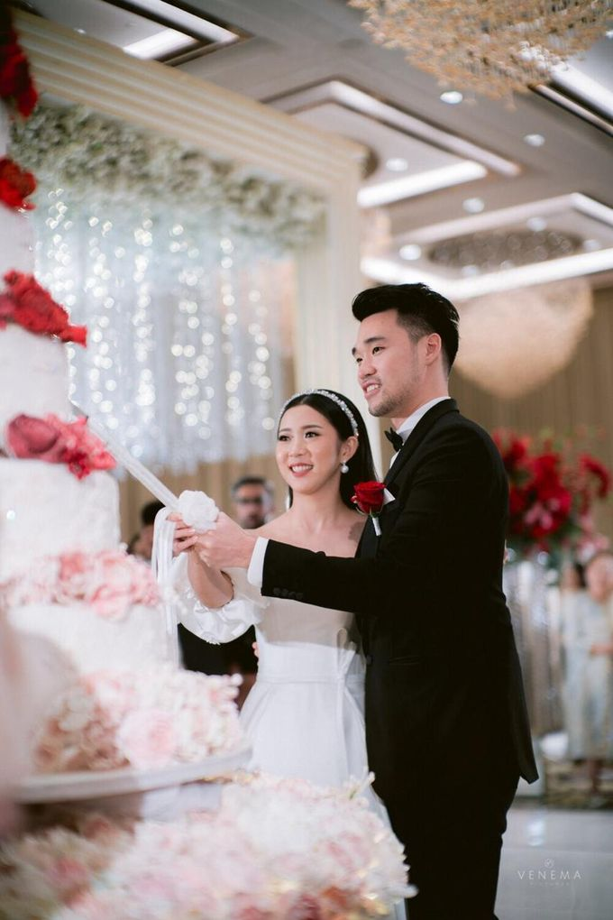 The Wedding of Sumitro & Marcelina by PRIVATE WEDDING ORGANIZER - 037