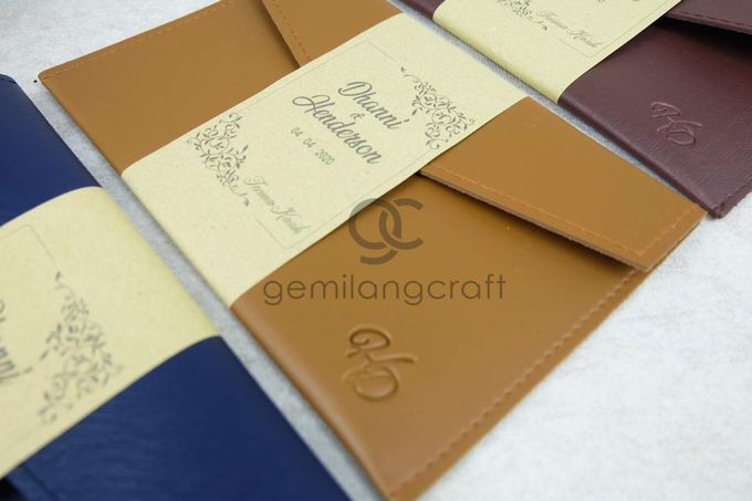 premium envelope packaging roll paper for dhanni & henderson by Gemilang Craft - 003