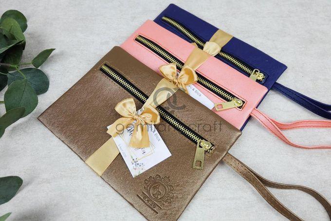 dakota pouch packaging ribbon for ayu & erick by Gemilang Craft - 001