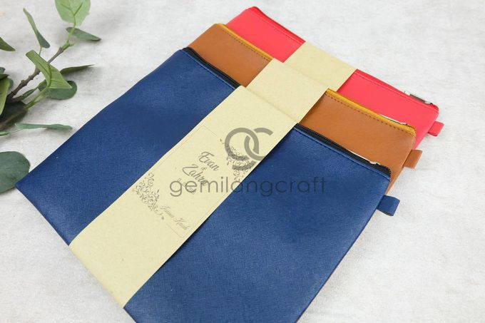 premium big zipper pouch packaging roll paper for Evan Dimas & Zahra Hakim by Gemilang Craft - 001