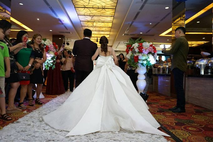 Desy & Rio Wedding by Lavio Photography & Cinematography - 023