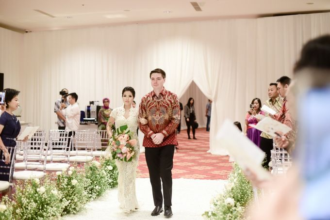 The Wedding of Christ & Olivia by PRIVATE WEDDING ORGANIZER - 008