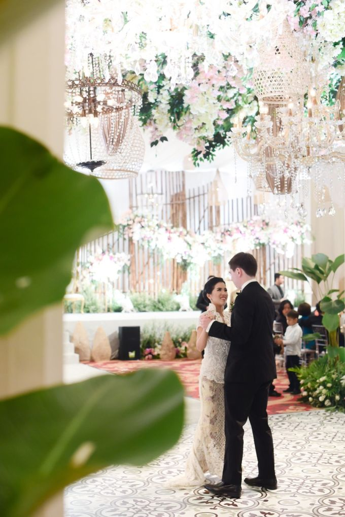 The Wedding of Christ & Olivia by PRIVATE WEDDING ORGANIZER - 039