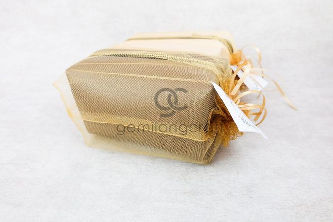 premium boxy pouch packaging tille for Esa & Syarif by Gemilang Craft - 003