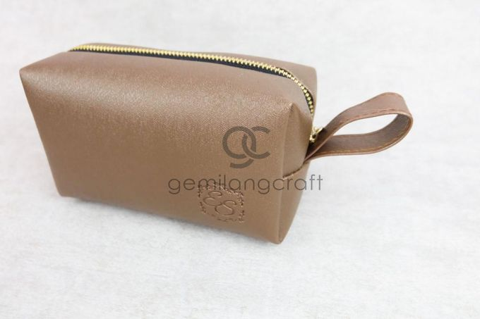 premium boxy pouch packaging tille for Esa & Syarif by Gemilang Craft - 004