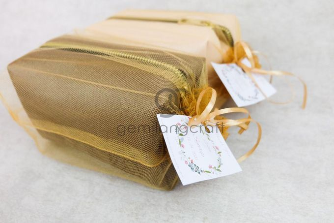 premium boxy pouch packaging tille for Esa & Syarif by Gemilang Craft - 005