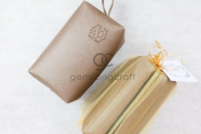 premium boxy pouch packaging tille for Esa & Syarif by Gemilang Craft - 002