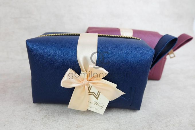 premium boxy pouch paackaging ribbon for willyam & windy by Gemilang Craft - 001