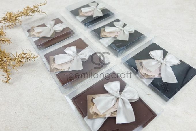 premium card wallet packaging box mika ribbon for ayu & ade by Gemilang Craft - 003