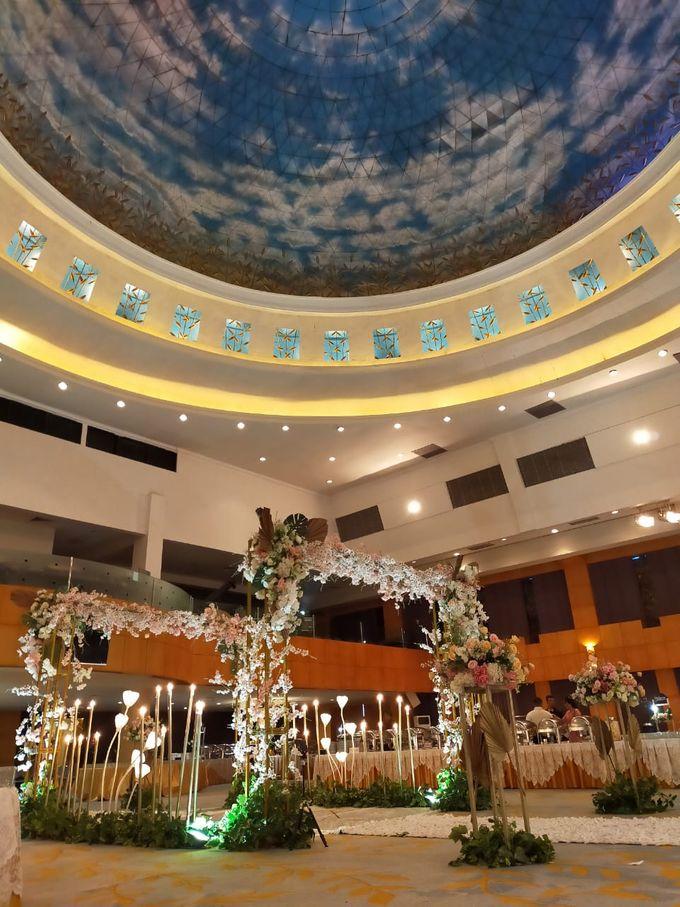Wonderful Wedding Reception by Dome Harvest - 011