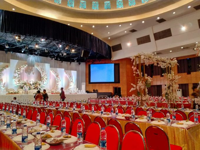 Combination  Traditional Tapanuli and Mixed Modern Wedding Reception by Dome Harvest - 012