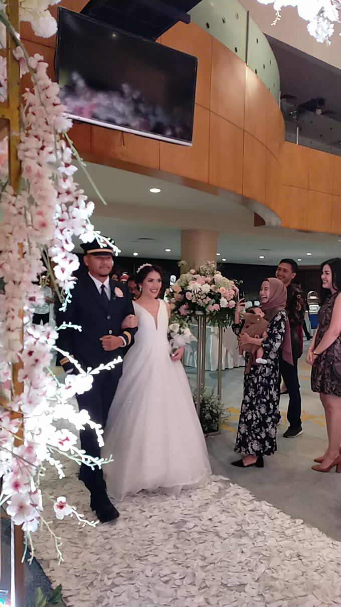 Combination  Traditional Tapanuli and Mixed Modern Wedding Reception by Dome Harvest - 029