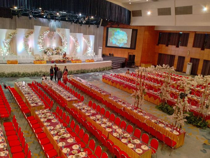 Combination  Traditional Tapanuli and Mixed Modern Wedding Reception by Dome Harvest - 019