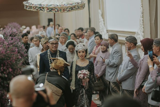 RESEPSI ADAT JAWA PUTTY & FICKRI by Dwi Tunggal Citra Catering - 004