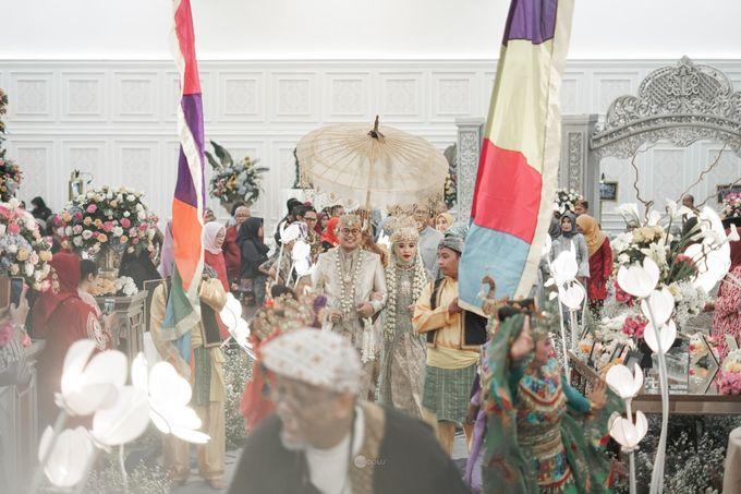 (NGUNDUH MANTU) SUNDANESE WEDDING OF IVAN & MITA by Dwi Tunggal Citra Catering - 004