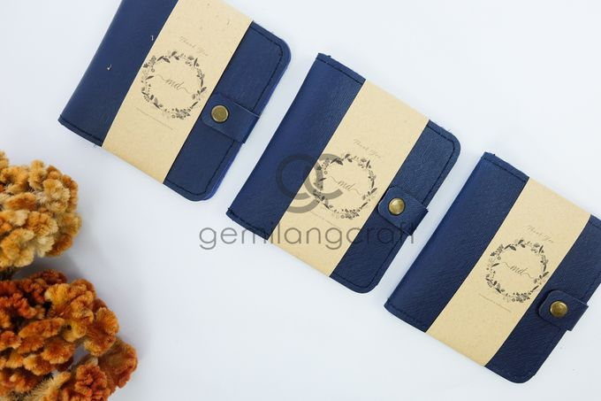 b-wallet packaging roll paper for dimas & yemimah by Gemilang Craft - 001