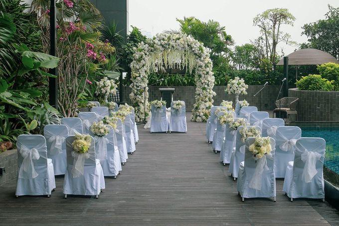 Holy Matrimony Andrew & Jeanice by Grand Mercure Surabaya City - 004