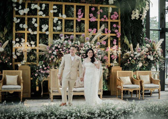 THE WEDDING OF SHABRINA & LUTHFI by Amorphoto - 001