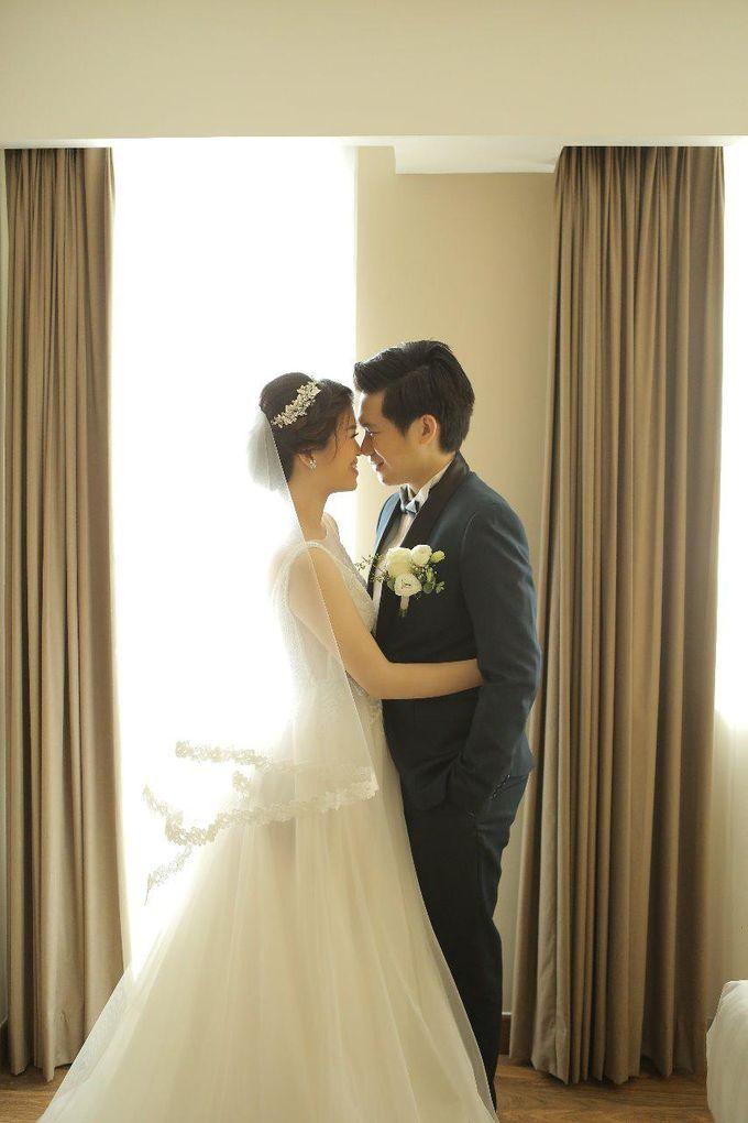 Angela & Willy Wedding at eL Hotel Royale Jakarta by Jesblossom House Of Flower - 001