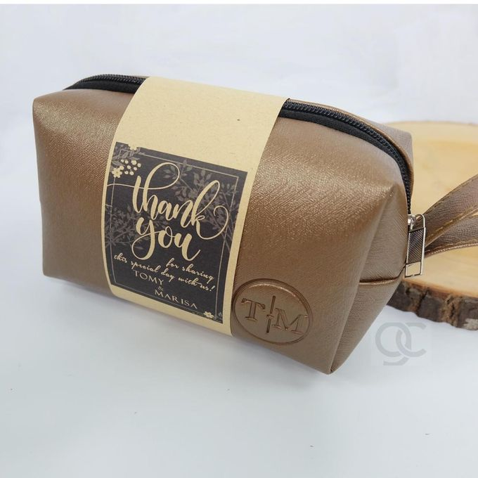 boxy premium packaging roll paper for tomy & lida by Gemilang Craft - 001