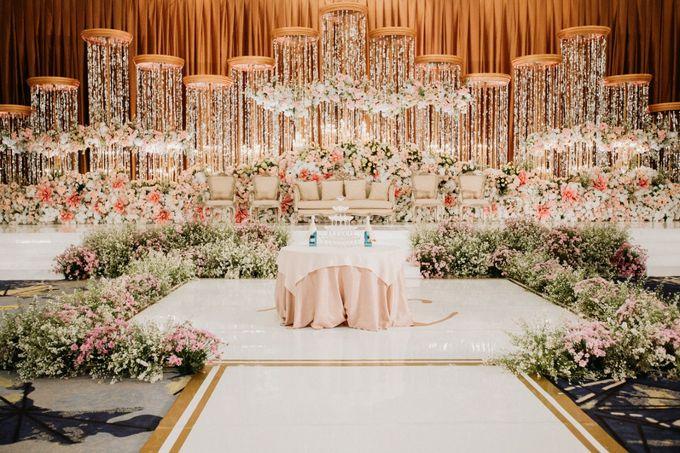 INTERNATIONAL WEDDING OF ANDRYAN & CALANDRA by Skenoo Hall Emporium Pluit by IKK Wedding - 003