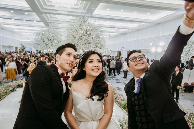 INTERNATIONAL WEDDING OF ANDRYAN & CALANDRA by Skenoo Hall Emporium Pluit by IKK Wedding - 007