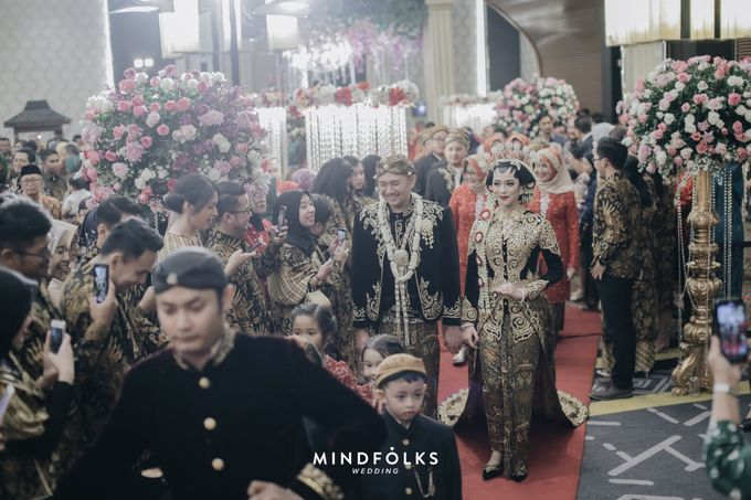 Javanese Wedding of Trian dan Amira by  Menara Mandiri by IKK Wedding (ex. Plaza Bapindo) - 006