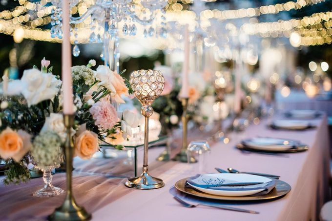 Elegant Vintage Coral Peach Palette for Willy and Luphyta Wedding at Plenilunio Villa Uluwatu by Bali Wedding Atelier - 017