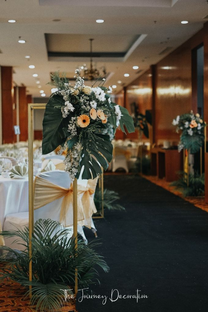 Gaby & Reeve by The Journey Decor - 015