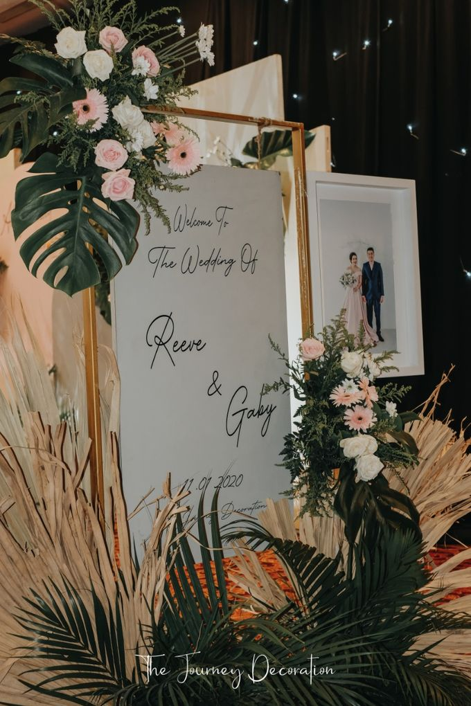 Gaby & Reeve by The Journey Decor - 023