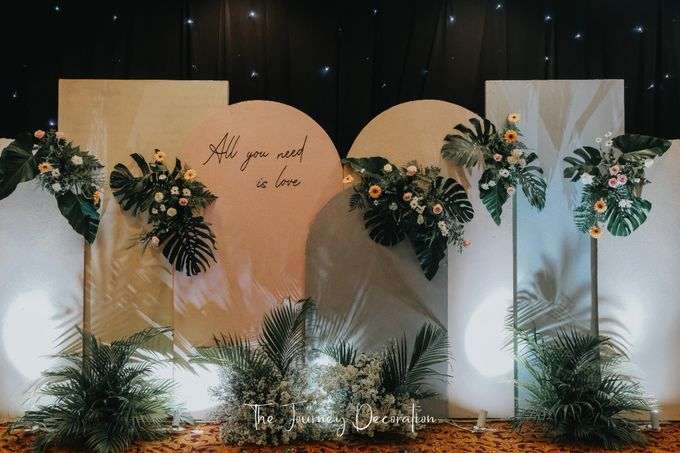 Gaby & Reeve by The Journey Decor - 020
