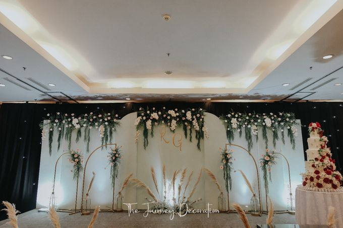 Gaby & Reeve by The Journey Decor - 019