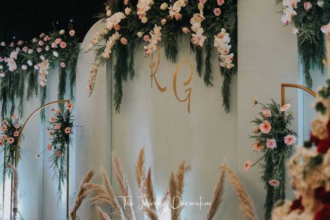 Gaby & Reeve by The Journey Decor - 013