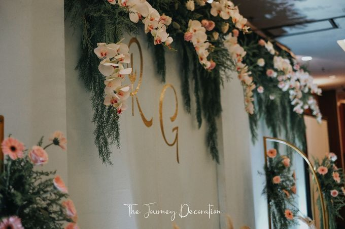 Gaby & Reeve by The Journey Decor - 017