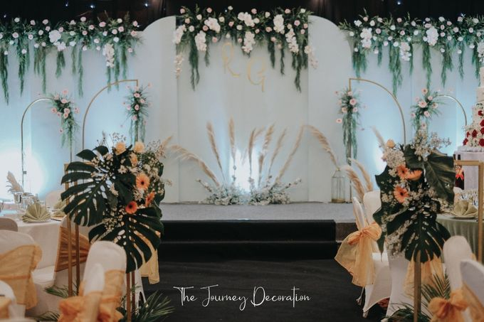 Gaby & Reeve by The Journey Decor - 012