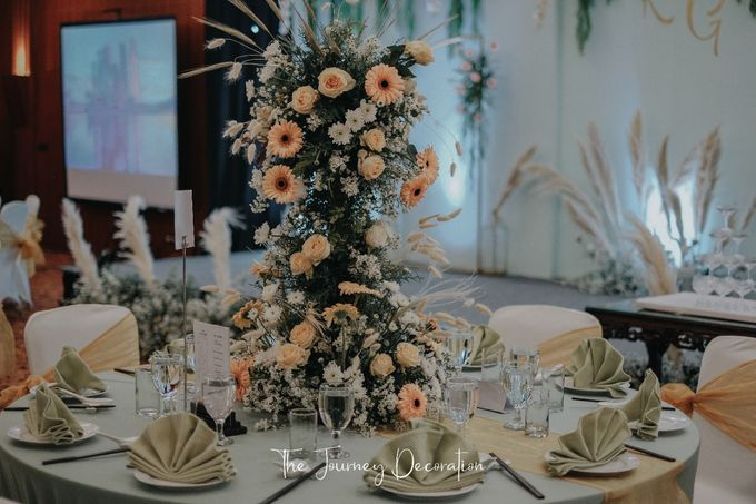 Gaby & Reeve by The Journey Decor - 010