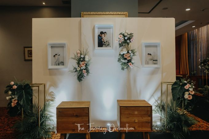 Gaby & Reeve by The Journey Decor - 008