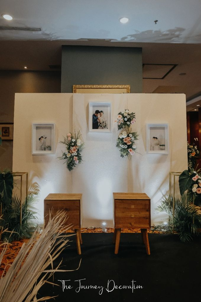 Gaby & Reeve by The Journey Decor - 007
