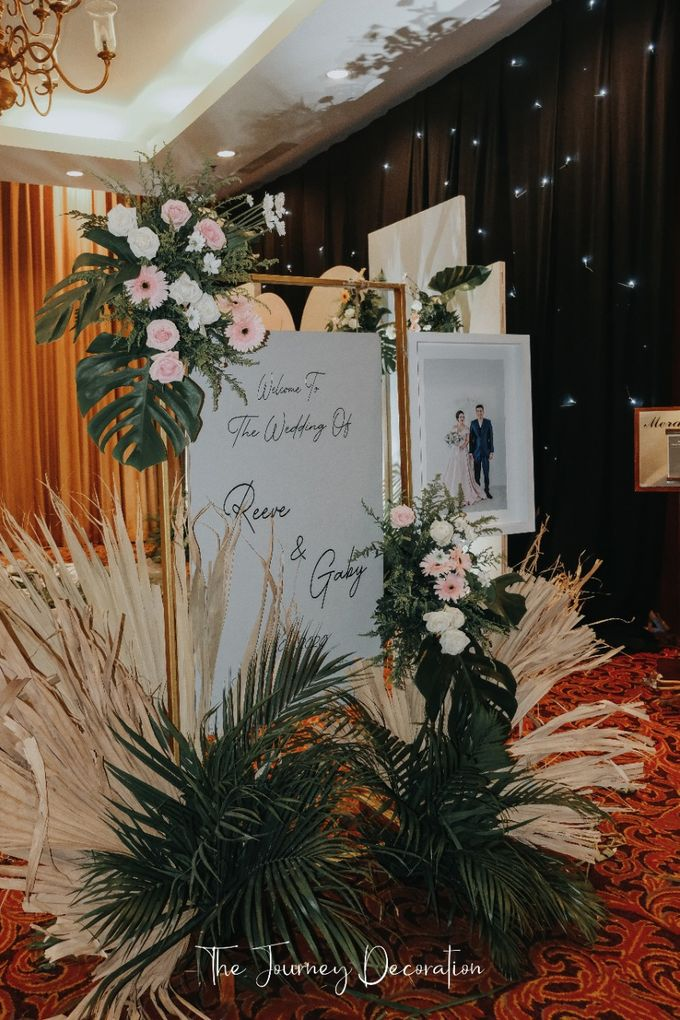 Gaby & Reeve by The Journey Decor - 006