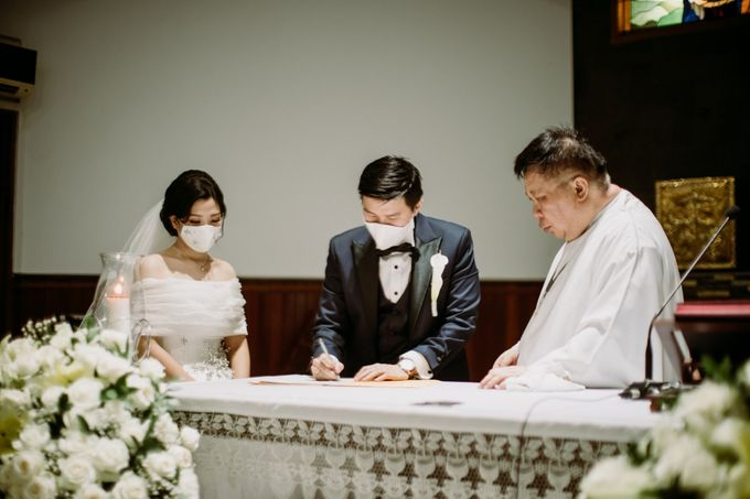 Holy Matrimonity of Bima & Irene by Skenoo Hall Emporium Pluit by IKK Wedding - 007