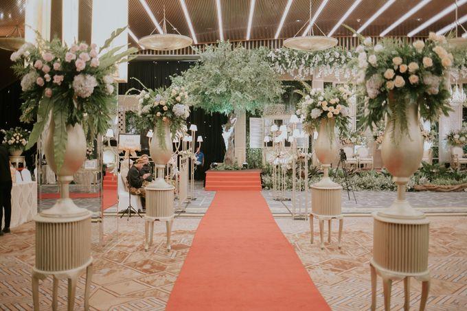 Sundanese Akad and Javanese Reception Wedding of Bella and Adit by  Menara Mandiri by IKK Wedding (ex. Plaza Bapindo) - 003