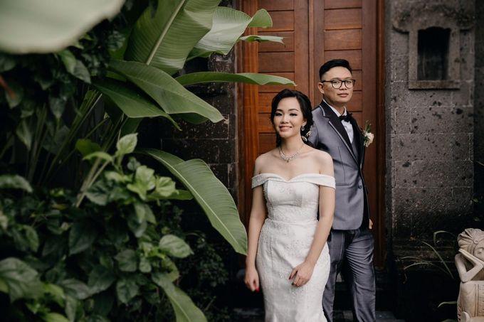 Momen Perayaan Sakral Penyatuan Cinta Di Tengah Musim Yang Baru a la Randy dan Debbi by Lentera Wedding - 001
