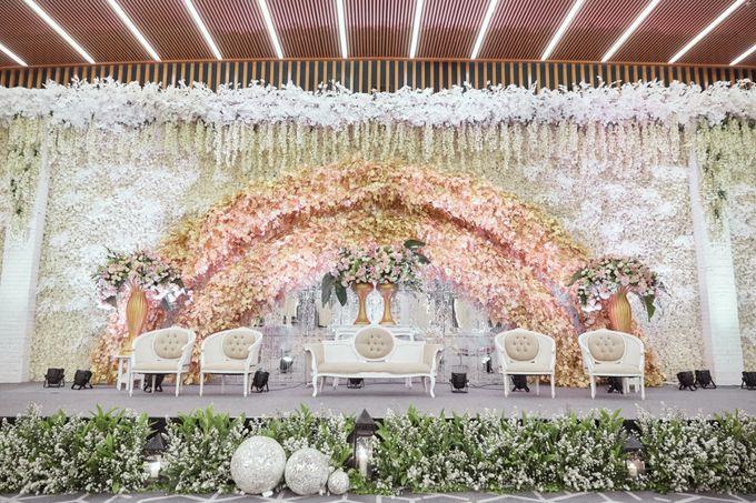 The Wedding of Michelly & Raymond by  Menara Mandiri by IKK Wedding (ex. Plaza Bapindo) - 003