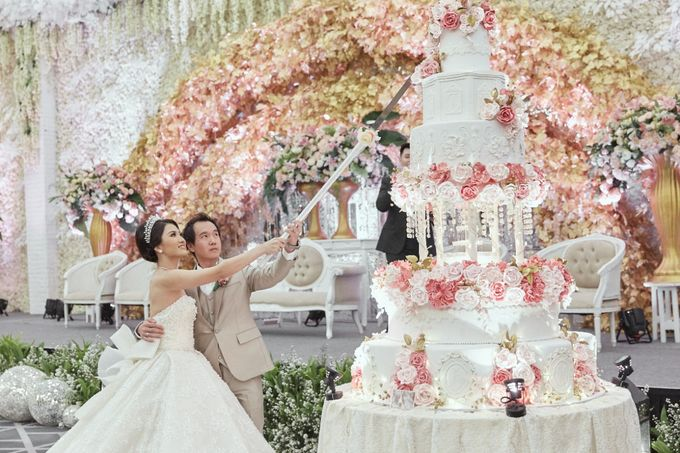 The Wedding of Michelly & Raymond by  Menara Mandiri by IKK Wedding (ex. Plaza Bapindo) - 009