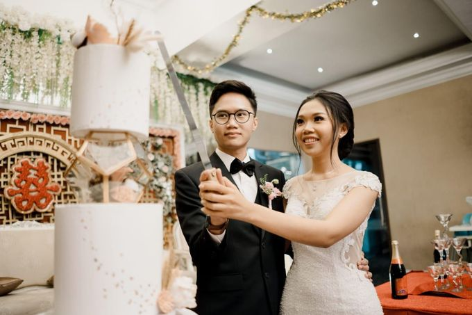 The Wedding of Kevin and Febri by Équateur Patisserie - 001