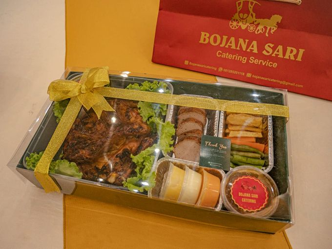 Exclusive Hampers by Bojana Sari Catering - 002